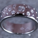 JewelCraft_Scattered Diamond Ring